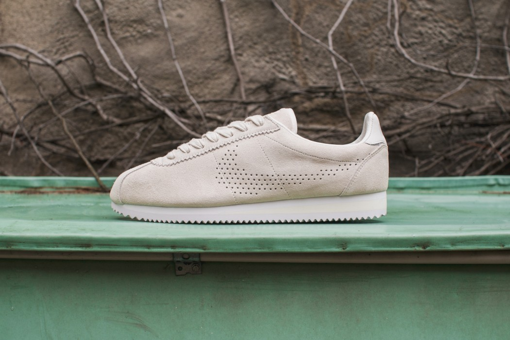 nike-perforated-cortez-01