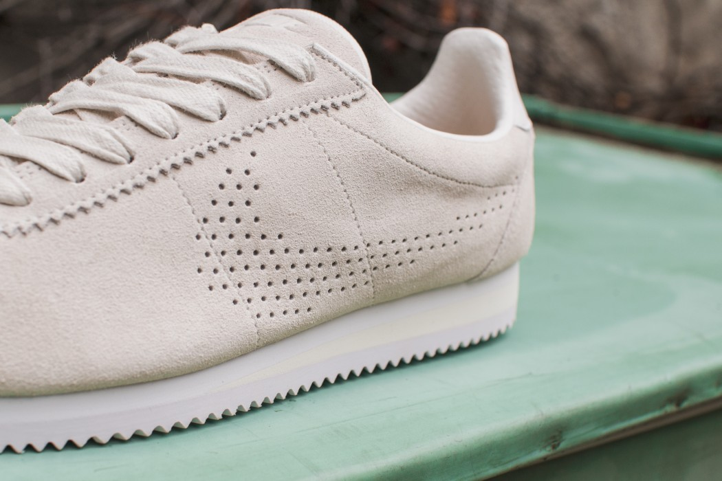 nike-perforated-cortez-02